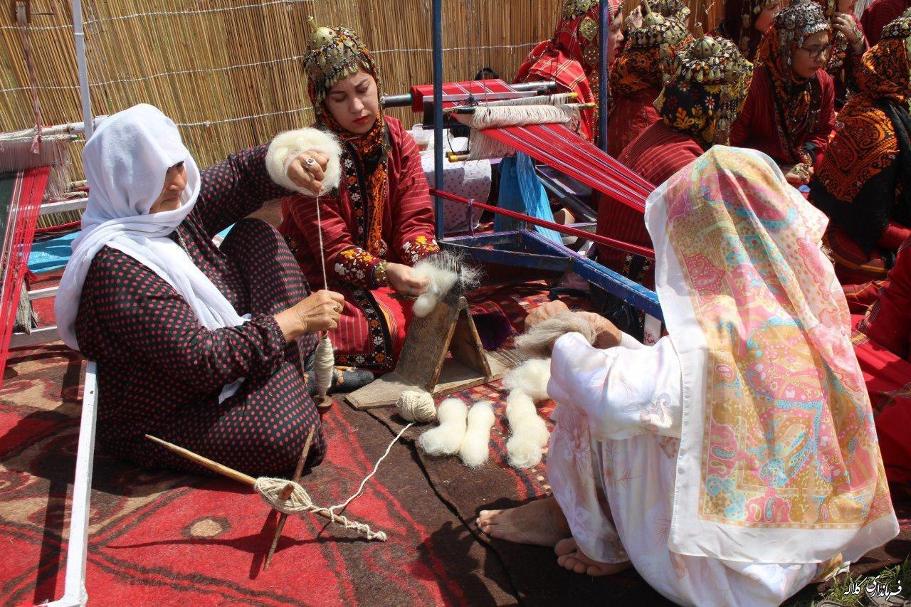 جشنواره فرهنگ و اقتصاد روستای زاو