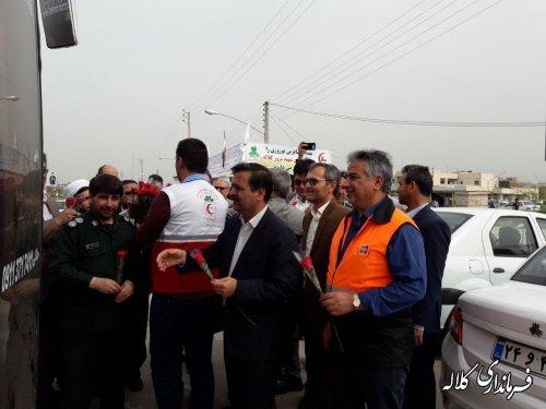 فرماندار کلاله به استقبال از زلزله زدگان کرمانشاه رفت