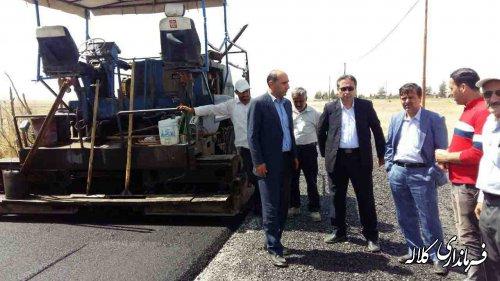 بازدید فرماندار کلاله از پروژه اسفالت جاده روستای قره جه