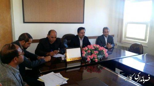 نشست فرماندار کلاله با دهیار و رئیس شورای برخی روستاهای شهرستان