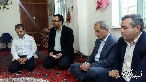 دیدار فرماندار شهرستان کلاله با خانواده شهید سعدی در شهر کلاله