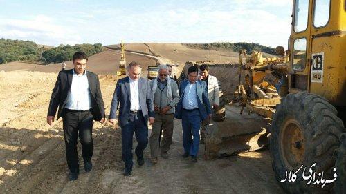 بازدید بخشدار پیشکمر از اجرای عملیات تسطیح و زیرسازی جاده راه روستایی کلاله