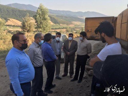 بازدید میدانی فرماندار کلاله از پروژه زیرسازی و آسفالت محورهای روستایی شهرستان