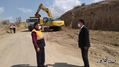 بازدید میدانی فرماندار کلاله از تعریض و خاکبرداری محور روستایی پر خطر